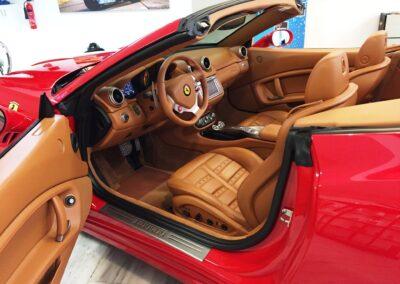 Ferrari California.